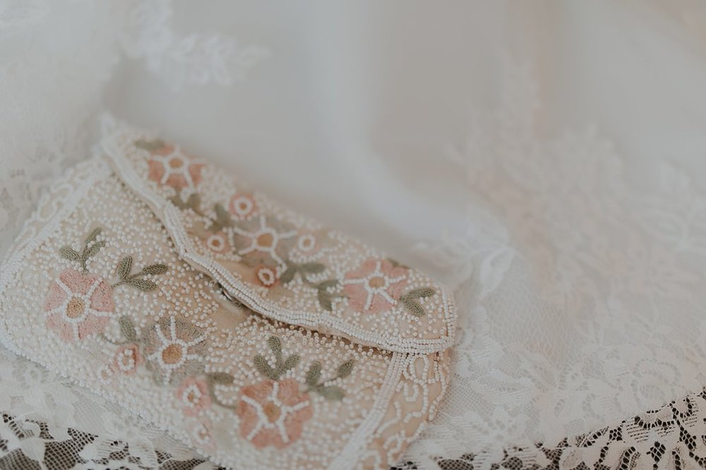 Alicia+lucia+photography+-+albuquerque+wedding+photographer+-+santa+fe+wedding+photography+-+new+mexico+wedding+photographer+-+new+mexico+wedding+-+santa+fe+wedding+-+albuquerque+wedding+-+bridal+accessories_0031.jpg