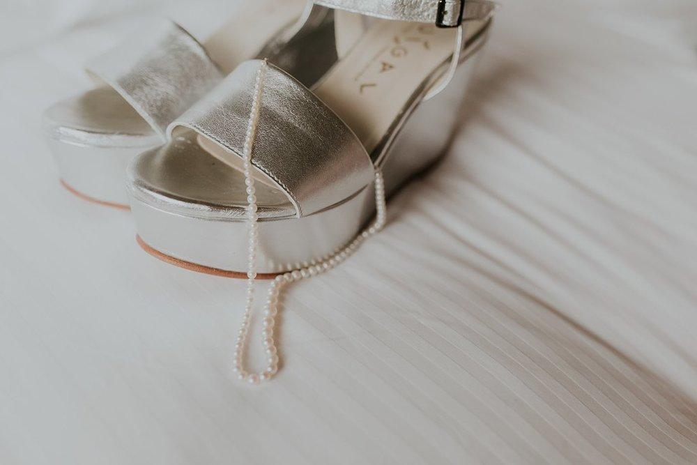 Alicia+lucia+photography+-+albuquerque+wedding+photographer+-+santa+fe+wedding+photography+-+new+mexico+wedding+photographer+-+new+mexico+wedding+-+santa+fe+wedding+-+albuquerque+wedding+-+bridal+accessories_0041.jpg