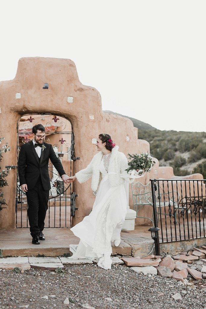 Alicia+lucia+photography+-+albuquerque+wedding+photographer+-+santa+fe+wedding+photography+-+new+mexico+wedding+photographer+-+new+mexico+wedding+-+santa+fe+wedding+-+albuquerque+wedding+-+bridal+accessories_0057.jpg