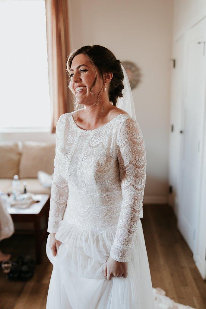 Alicia+lucia+photography+-+albuquerque+wedding+photographer+-+santa+fe+wedding+photography+-+new+mexico+wedding+photographer+-+new+mexico+wedding+-+santa+fe+wedding+-+albuquerque+wedding+-+bridal+accessories_0065.jpg
