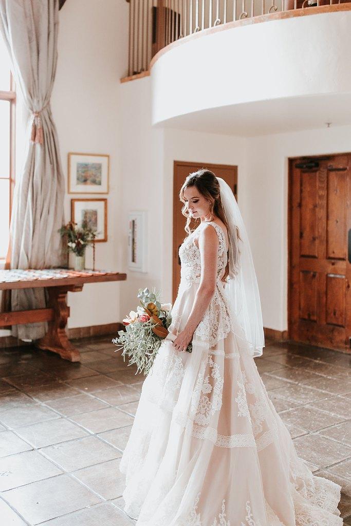 Alicia+lucia+photography+-+albuquerque+wedding+photographer+-+santa+fe+wedding+photography+-+new+mexico+wedding+photographer+-+new+mexico+wedding+-+santa+fe+wedding+-+la+posada+santa+fe+-+la+posada+wedding+-+la+posada+fall+wedding_0021.jpg