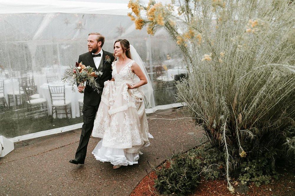 Alicia+lucia+photography+-+albuquerque+wedding+photographer+-+santa+fe+wedding+photography+-+new+mexico+wedding+photographer+-+new+mexico+wedding+-+santa+fe+wedding+-+la+posada+santa+fe+-+la+posada+wedding+-+la+posada+fall+wedding_0074.jpg