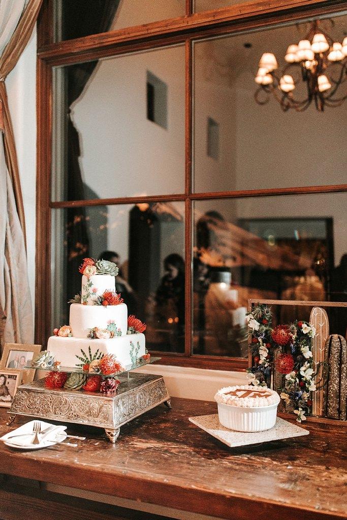 Alicia+lucia+photography+-+albuquerque+wedding+photographer+-+santa+fe+wedding+photography+-+new+mexico+wedding+photographer+-+new+mexico+wedding+-+santa+fe+wedding+-+la+posada+santa+fe+-+la+posada+wedding+-+la+posada+fall+wedding_0121.jpg