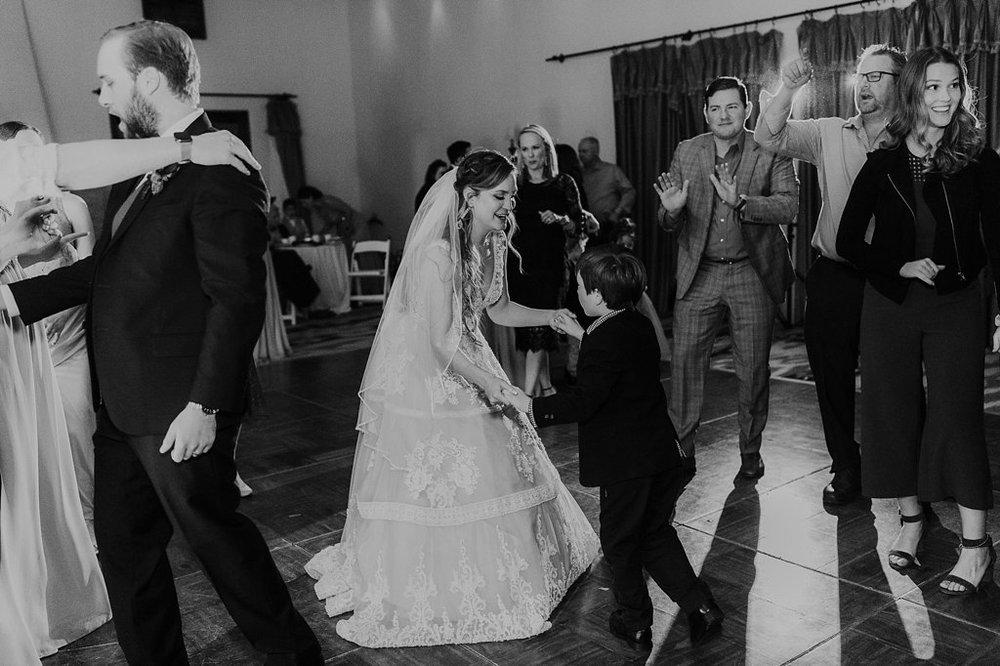 Alicia+lucia+photography+-+albuquerque+wedding+photographer+-+santa+fe+wedding+photography+-+new+mexico+wedding+photographer+-+new+mexico+wedding+-+santa+fe+wedding+-+la+posada+santa+fe+-+la+posada+wedding+-+la+posada+fall+wedding_0132.jpg