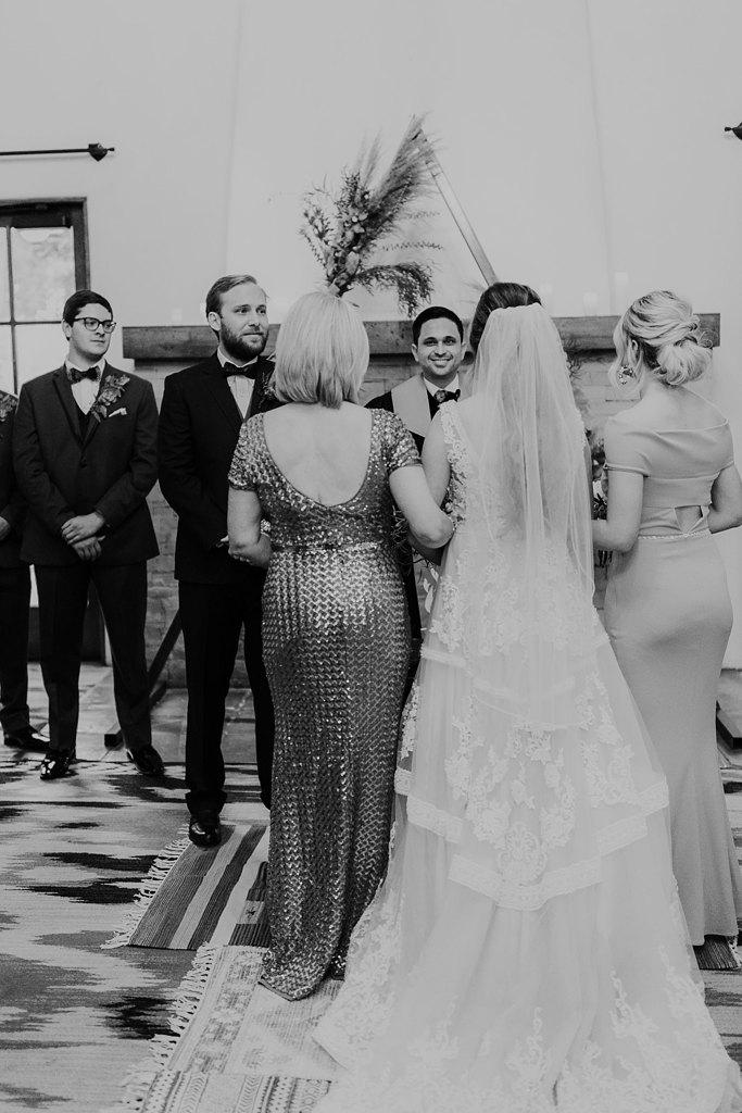 Alicia+lucia+photography+-+albuquerque+wedding+photographer+-+santa+fe+wedding+photography+-+new+mexico+wedding+photographer+-+new+mexico+wedding+-+santa+fe+wedding+-+la+posada+santa+fe+-+la+posada+wedding+-+la+posada+fall+wedding_0146.jpg
