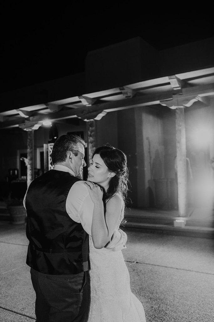 Alicia+lucia+photography+-+albuquerque+wedding+photographer+-+santa+fe+wedding+photography+-+new+mexico+wedding+photographer+-+new+mexico+wedding+-+prairie+star+wedding+-+santa+ana+star+wedding_0109.jpg