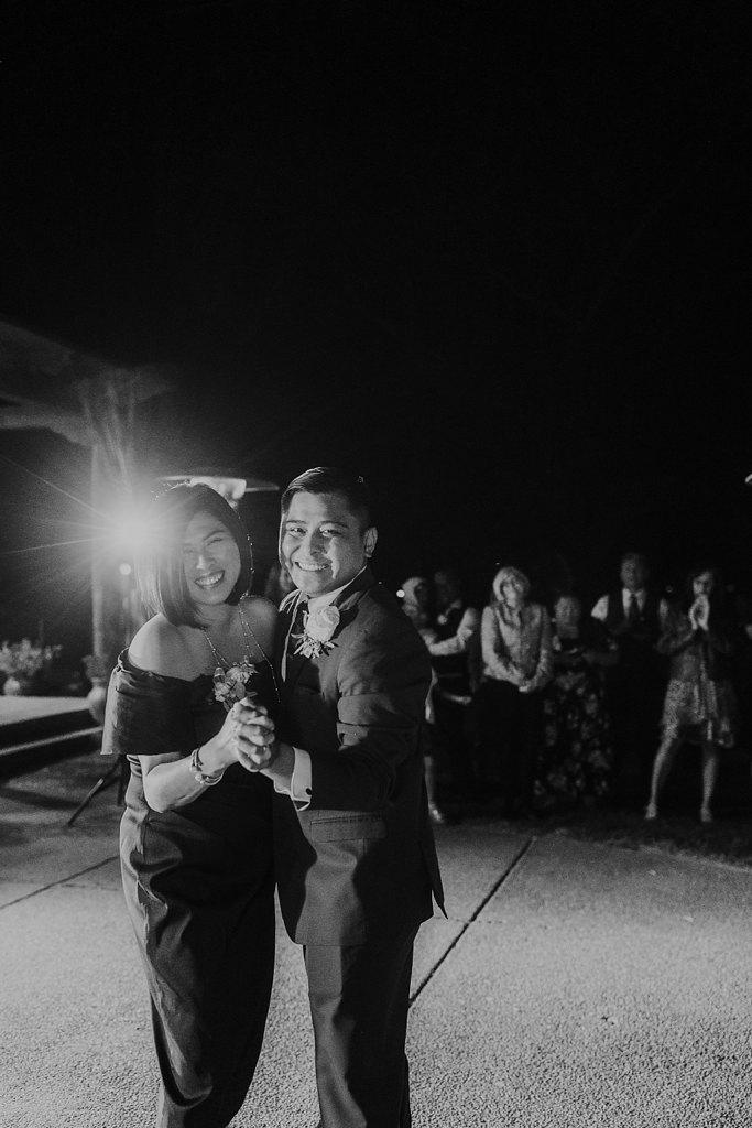 Alicia+lucia+photography+-+albuquerque+wedding+photographer+-+santa+fe+wedding+photography+-+new+mexico+wedding+photographer+-+new+mexico+wedding+-+prairie+star+wedding+-+santa+ana+star+wedding_0111.jpg