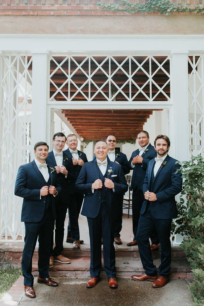 Alicia+lucia+photography+-+albuquerque+wedding+photographer+-+santa+fe+wedding+photography+-+new+mexico+wedding+photographer+-+new+mexico+wedding+-+groomsmen+-+groomsmen+style+-+wedding+style_0025.jpg