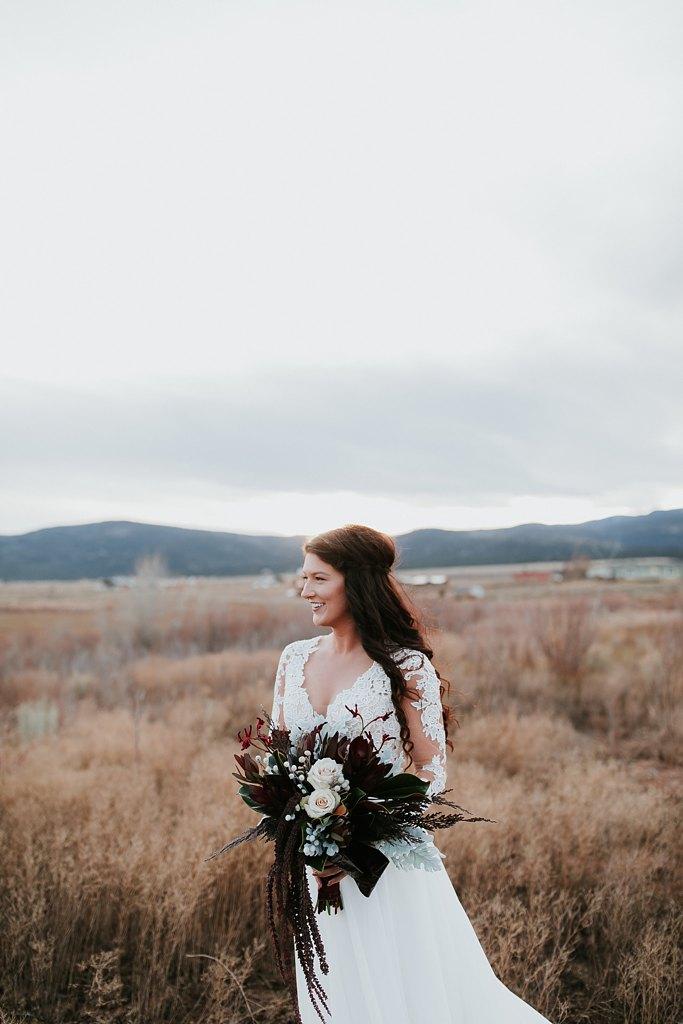 Alicia+lucia+photography+-+albuquerque+wedding+photographer+-+santa+fe+wedding+photography+-+new+mexico+wedding+photographer+-+new+mexico+wedding+-+wedding+florals+-+winter+wedding+-+winter+wedding+florals_0029.jpg