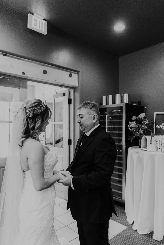 Alicia+lucia+photography+-+albuquerque+wedding+photographer+-+santa+fe+wedding+photography+-+new+mexico+wedding+photographer+-+new+mexico+wedding+-+paa+ko+ridge+wedding+-+fall+wedding+-+sandia+mountain+wedding_0026.jpg