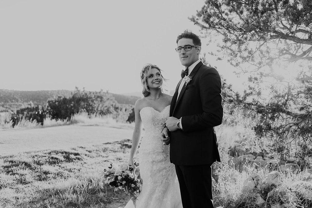 Alicia+lucia+photography+-+albuquerque+wedding+photographer+-+santa+fe+wedding+photography+-+new+mexico+wedding+photographer+-+new+mexico+wedding+-+paa+ko+ridge+wedding+-+fall+wedding+-+sandia+mountain+wedding_0064.jpg