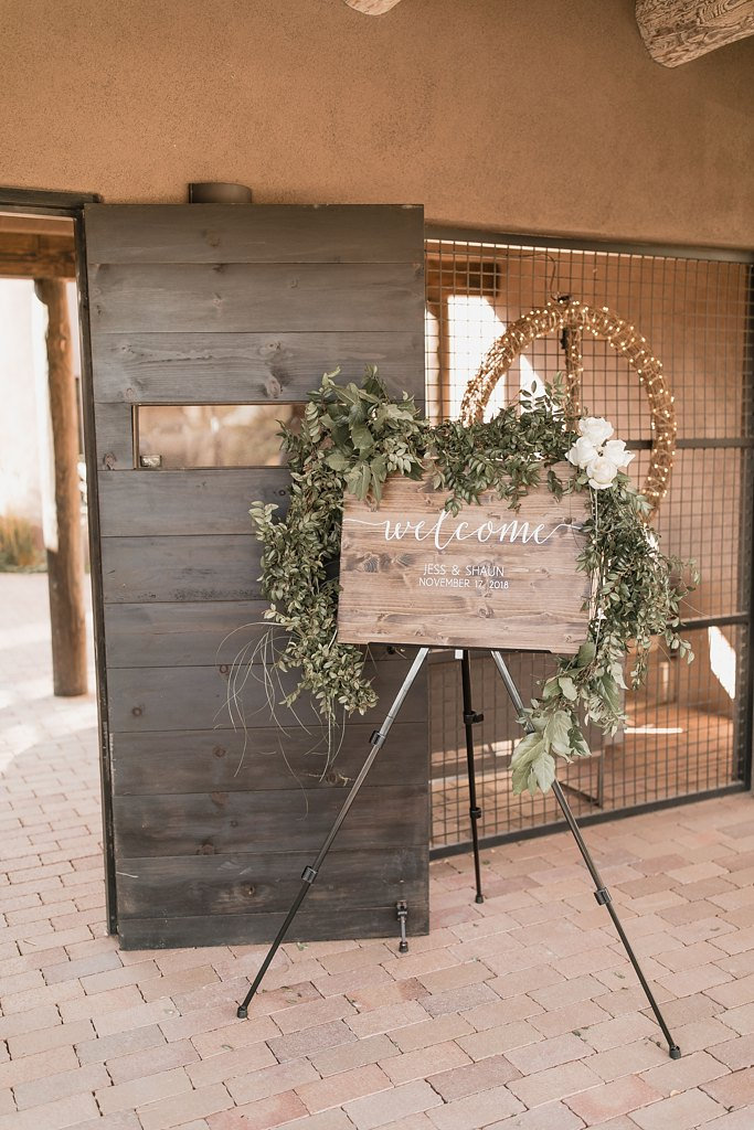 Alicia+lucia+photography+-+albuquerque+wedding+photographer+-+santa+fe+wedding+photography+-+new+mexico+wedding+photographer+-+new+mexico+wedding+-+wedding+signage+-+wedding+inspo_0036.jpg