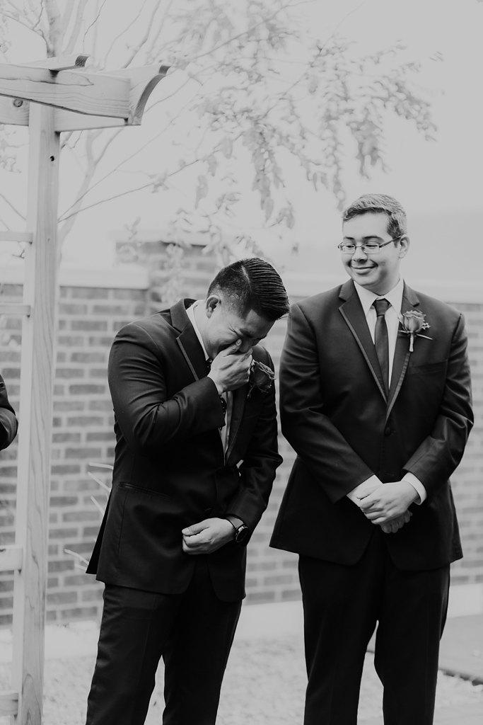 Alicia+lucia+photography+-+albuquerque+wedding+photographer+-+santa+fe+wedding+photography+-+new+mexico+wedding+photographer+-+new+mexico+wedding+-+wedding+photographer+-+groom+reactions_0021.jpg