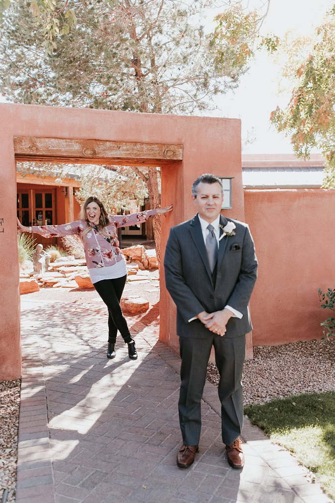 Alicia+lucia+photography+-+albuquerque+wedding+photographer+-+santa+fe+wedding+photography+-+new+mexico+wedding+photographer+-+new+mexico+wedding+-+wedding+photographer+-+wedding+behind+the+scenes+-+wedding+photography+team_0029.jpg
