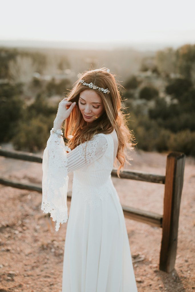Alicia+lucia+photography+-+albuquerque+wedding+photographer+-+santa+fe+wedding+photography+-+new+mexico+wedding+photographer+-+new+mexico+wedding+-+winter+wedding+-+winter+wedding+gowns_0007.jpg