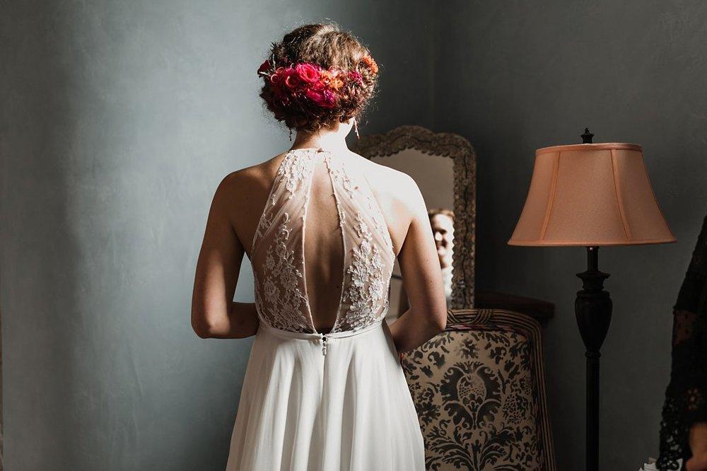 Alicia+lucia+photography+-+albuquerque+wedding+photographer+-+santa+fe+wedding+photography+-+new+mexico+wedding+photographer+-+new+mexico+wedding+-+winter+wedding+-+winter+wedding+gowns_0082.jpg