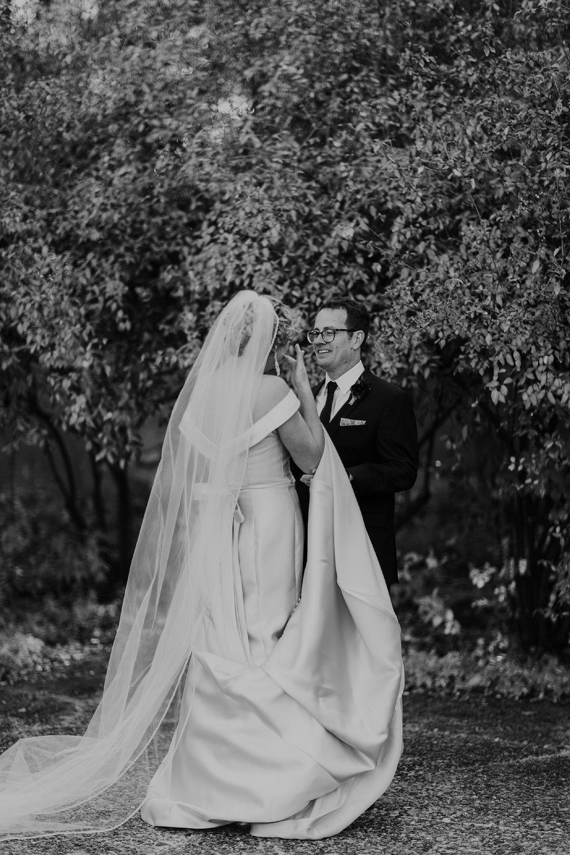 Alicia+lucia+photography+-+albuquerque+wedding+photographer+-+santa+fe+wedding+photography+-+new+mexico+wedding+photographer+-+new+mexico+wedding+-+albuquerque+wedding+-+los+poblanos+wedding+-+fall+wedding_0016.jpg