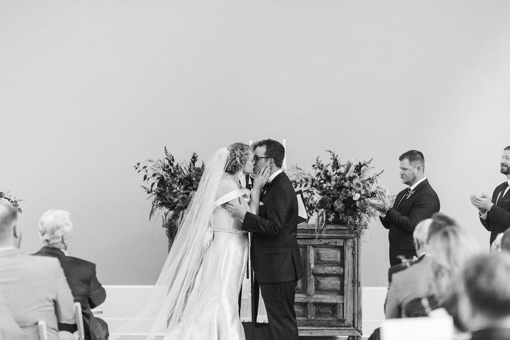 Alicia+lucia+photography+-+albuquerque+wedding+photographer+-+santa+fe+wedding+photography+-+new+mexico+wedding+photographer+-+new+mexico+wedding+-+albuquerque+wedding+-+los+poblanos+wedding+-+fall+wedding_0026.jpg