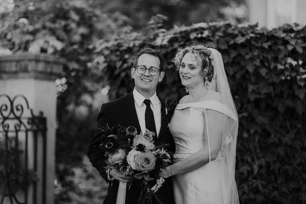 Alicia+lucia+photography+-+albuquerque+wedding+photographer+-+santa+fe+wedding+photography+-+new+mexico+wedding+photographer+-+new+mexico+wedding+-+albuquerque+wedding+-+los+poblanos+wedding+-+fall+wedding_0037.jpg