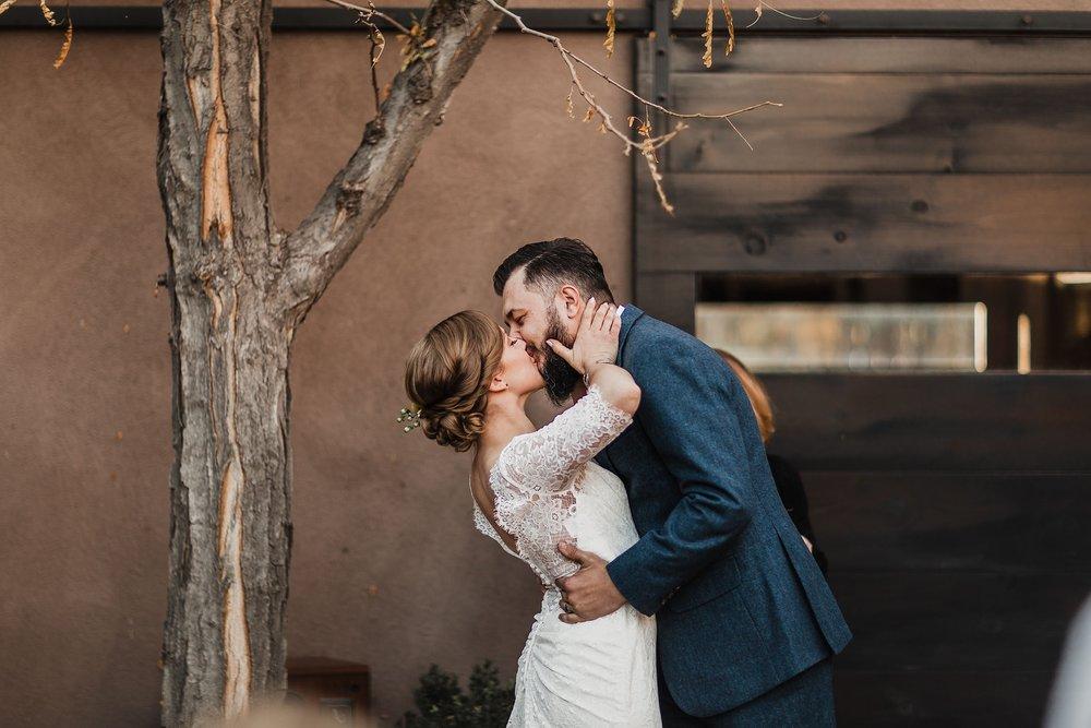 Alicia+lucia+photography+-+albuquerque+wedding+photographer+-+santa+fe+wedding+photography+-+new+mexico+wedding+photographer+-+new+mexico+wedding+-+albuquerque+wedding+-+santa+fe+wedding+-+wedding+kisses+-+wedding+first+kisses_0016.jpg