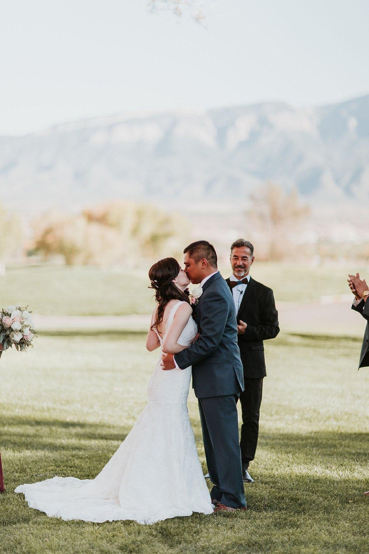 Alicia+lucia+photography+-+albuquerque+wedding+photographer+-+santa+fe+wedding+photography+-+new+mexico+wedding+photographer+-+new+mexico+wedding+-+albuquerque+wedding+-+santa+fe+wedding+-+wedding+kisses+-+wedding+first+kisses_0018.jpg