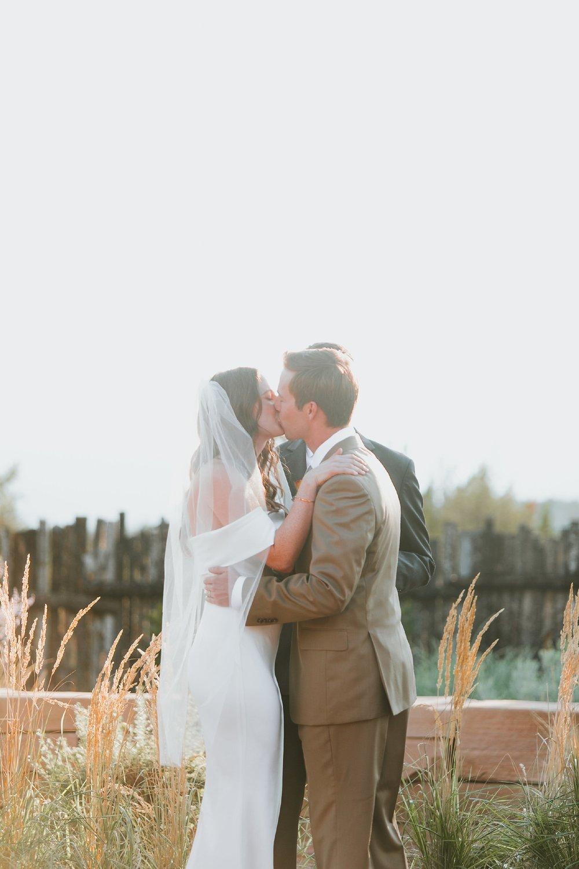 Alicia+lucia+photography+-+albuquerque+wedding+photographer+-+santa+fe+wedding+photography+-+new+mexico+wedding+photographer+-+new+mexico+wedding+-+albuquerque+wedding+-+santa+fe+wedding+-+wedding+kisses+-+wedding+first+kisses_0023.jpg