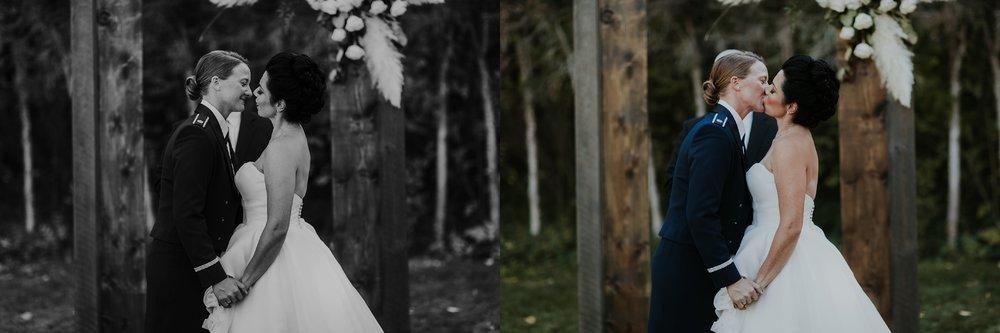 Alicia+lucia+photography+-+albuquerque+wedding+photographer+-+santa+fe+wedding+photography+-+new+mexico+wedding+photographer+-+new+mexico+wedding+-+albuquerque+wedding+-+santa+fe+wedding+-+wedding+kisses+-+wedding+first+kisses_0030.jpg