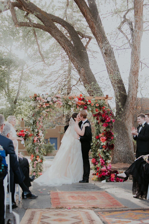 Alicia+lucia+photography+-+albuquerque+wedding+photographer+-+santa+fe+wedding+photography+-+new+mexico+wedding+photographer+-+new+mexico+wedding+-+albuquerque+wedding+-+santa+fe+wedding+-+wedding+kisses+-+wedding+first+kisses_0043.jpg