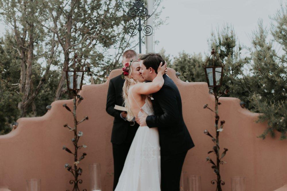 Alicia+lucia+photography+-+albuquerque+wedding+photographer+-+santa+fe+wedding+photography+-+new+mexico+wedding+photographer+-+new+mexico+wedding+-+albuquerque+wedding+-+santa+fe+wedding+-+wedding+kisses+-+wedding+first+kisses_0045.jpg