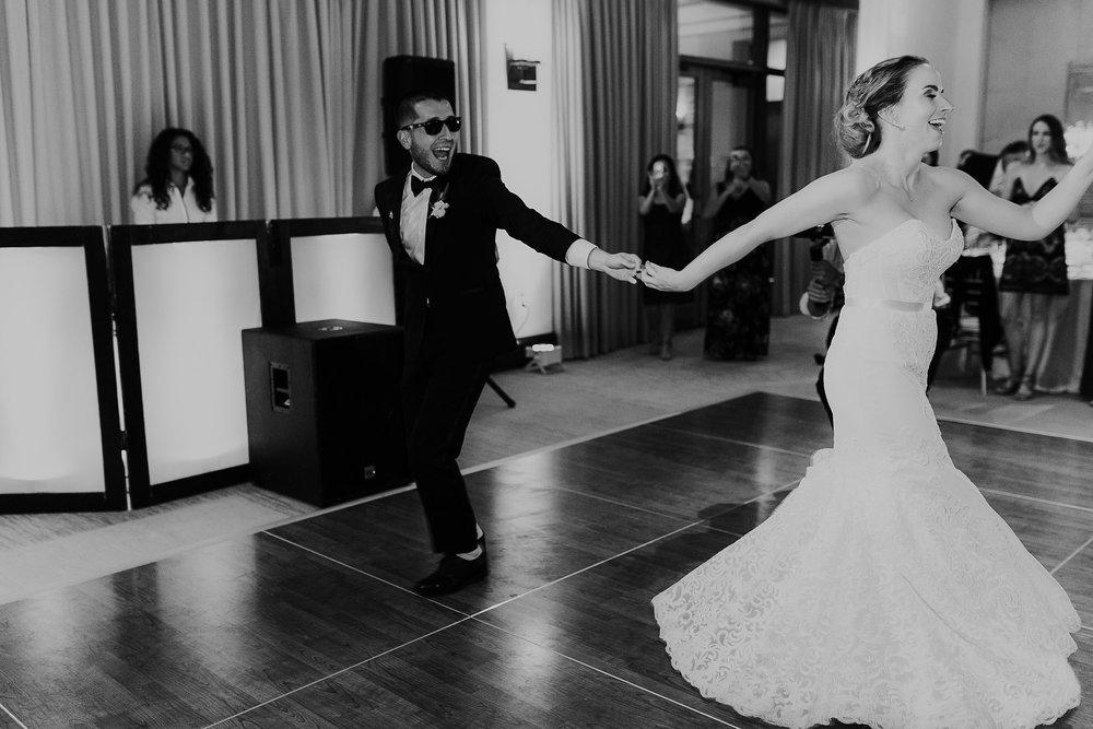 Alicia+lucia+photography+-+albuquerque+wedding+photographer+-+santa+fe+wedding+photography+-+new+mexico+wedding+photographer+-+new+mexico+wedding+-+albuquerque+wedding+-+santa+fe+wedding+-+wedding+first+dance+-+first+dance+songs_0023.jpg
