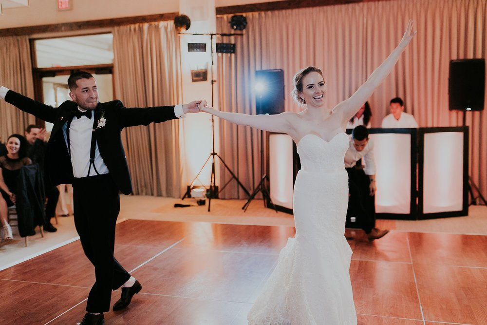 Alicia+lucia+photography+-+albuquerque+wedding+photographer+-+santa+fe+wedding+photography+-+new+mexico+wedding+photographer+-+new+mexico+wedding+-+albuquerque+wedding+-+santa+fe+wedding+-+wedding+first+dance+-+first+dance+songs_0025.jpg