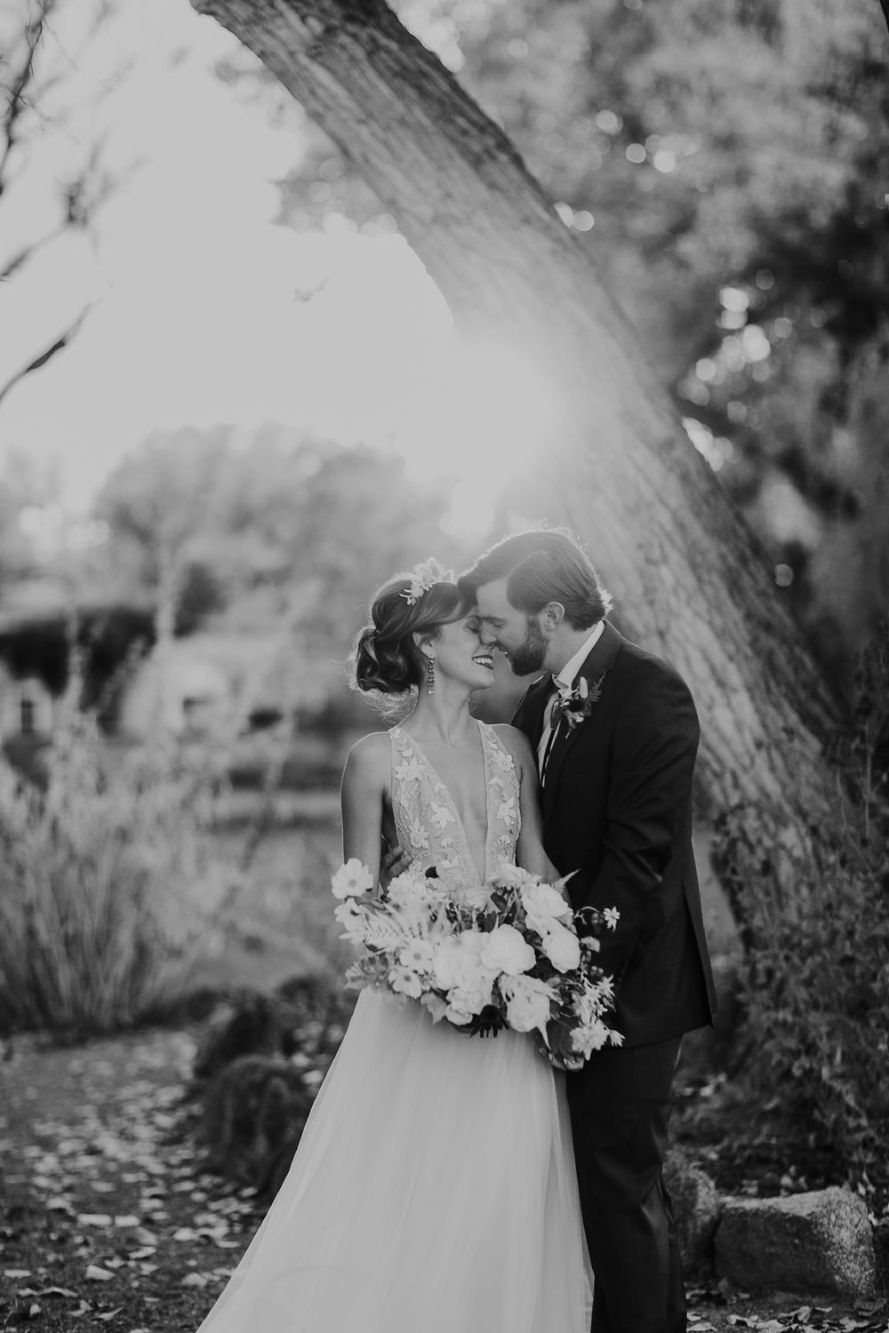 Alicia+lucia+photography+-+albuquerque+wedding+photographer+-+santa+fe+wedding+photography+-+new+mexico+wedding+photographer+-+new+mexico+wedding+-+albuquerque+wedding+-+rocky+mountain+bride+-+los+poblanos+wedding_0089.jpg
