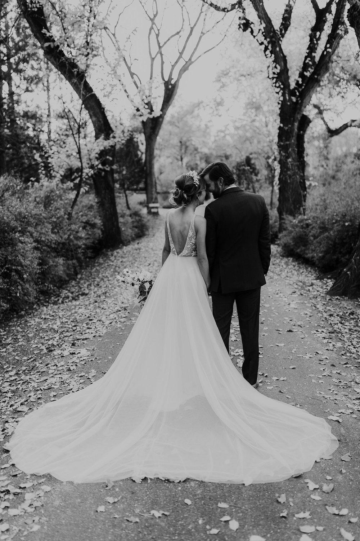 Alicia+lucia+photography+-+albuquerque+wedding+photographer+-+santa+fe+wedding+photography+-+new+mexico+wedding+photographer+-+new+mexico+wedding+-+albuquerque+wedding+-+rocky+mountain+bride+-+los+poblanos+wedding_0102.jpg