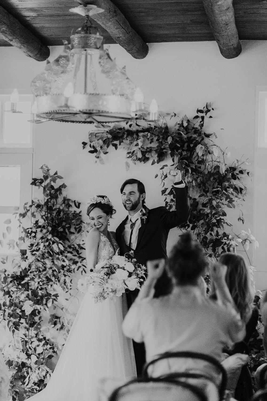 Alicia+lucia+photography+-+albuquerque+wedding+photographer+-+santa+fe+wedding+photography+-+new+mexico+wedding+photographer+-+new+mexico+wedding+-+albuquerque+wedding+-+rocky+mountain+bride+-+los+poblanos+wedding_0125.jpg
