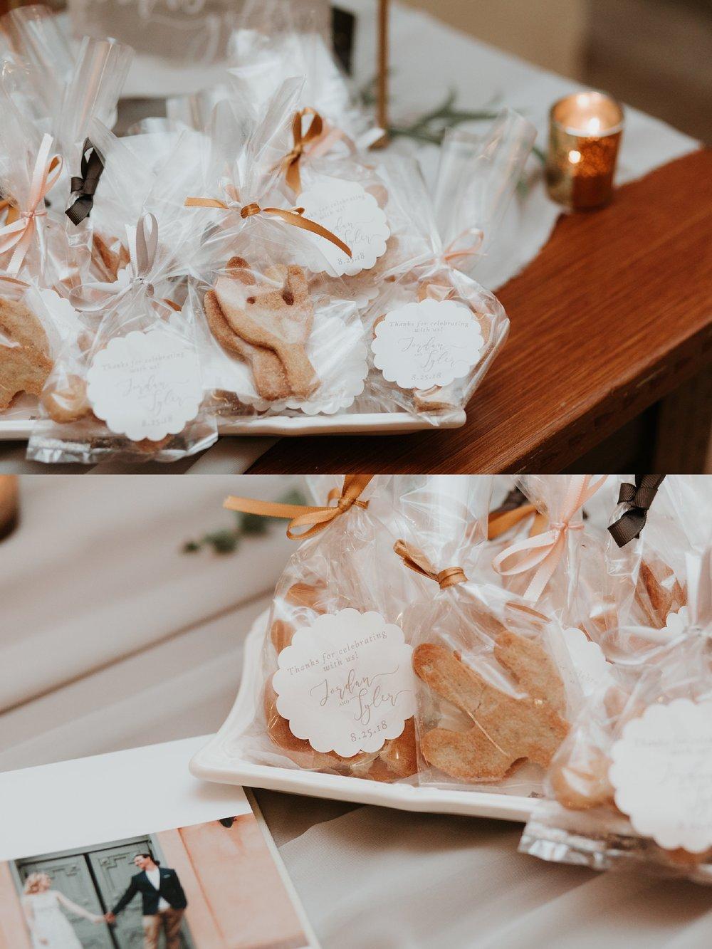 Alicia+lucia+photography+-+albuquerque+wedding+photographer+-+santa+fe+wedding+photography+-+new+mexico+wedding+photographer+-+new+mexico+wedding+-+santa+fe+wedding+-+albuquerque+wedding+-+southwest+wedding+traditions_0045.jpg