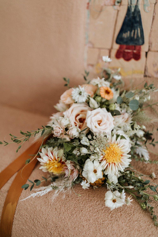 Alicia+lucia+photography+-+albuquerque+wedding+photographer+-+santa+fe+wedding+photography+-+new+mexico+wedding+photographer+-+new+mexico+wedding+-+santa+fe+wedding+-+albuquerque+wedding+-+wedding+florist+-+new+mexico+wedding+florist_0008.jpg