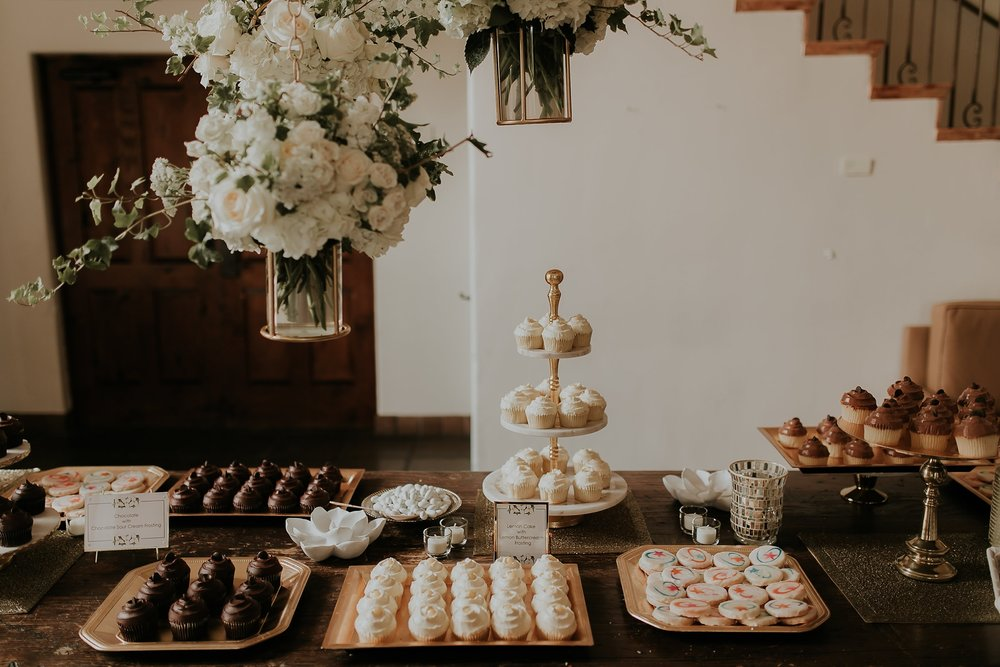 Alicia+lucia+photography+-+albuquerque+wedding+photographer+-+santa+fe+wedding+photography+-+new+mexico+wedding+photographer+-+wedding+reception+-+wedding+sweets+-+wedding+reception+details_0007.jpg