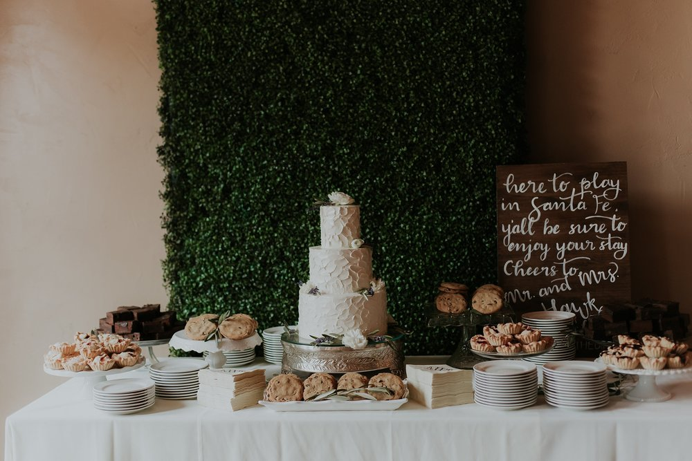 Alicia+lucia+photography+-+albuquerque+wedding+photographer+-+santa+fe+wedding+photography+-+new+mexico+wedding+photographer+-+wedding+reception+-+wedding+sweets+-+wedding+reception+details_0040.jpg
