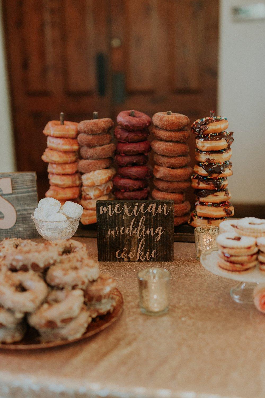 Alicia+lucia+photography+-+albuquerque+wedding+photographer+-+santa+fe+wedding+photography+-+new+mexico+wedding+photographer+-+wedding+reception+-+wedding+sweets+-+wedding+reception+details_0047.jpg