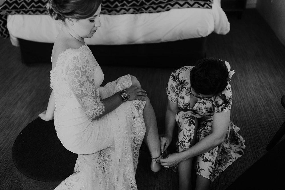 Alicia+lucia+photography+-+albuquerque+wedding+photographer+-+santa+fe+wedding+photography+-+new+mexico+wedding+photographer+-+albuquerque+wedding+-+sarabande+bed+breakfast+-+bed+and+breakfast+wedding_0014.jpg