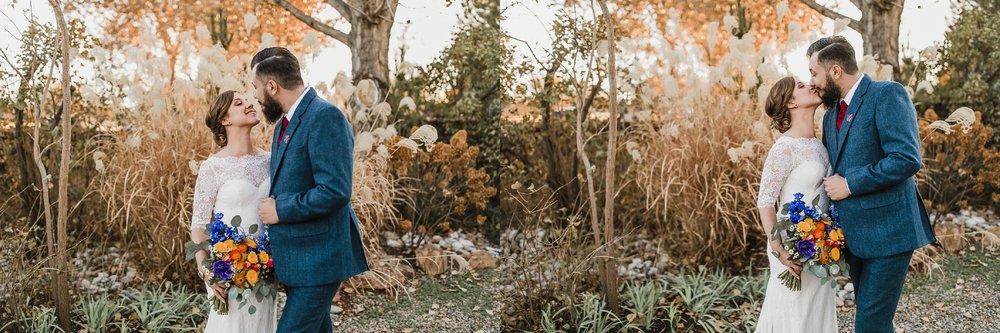 Alicia+lucia+photography+-+albuquerque+wedding+photographer+-+santa+fe+wedding+photography+-+new+mexico+wedding+photographer+-+albuquerque+wedding+-+sarabande+bed+breakfast+-+bed+and+breakfast+wedding_0068.jpg