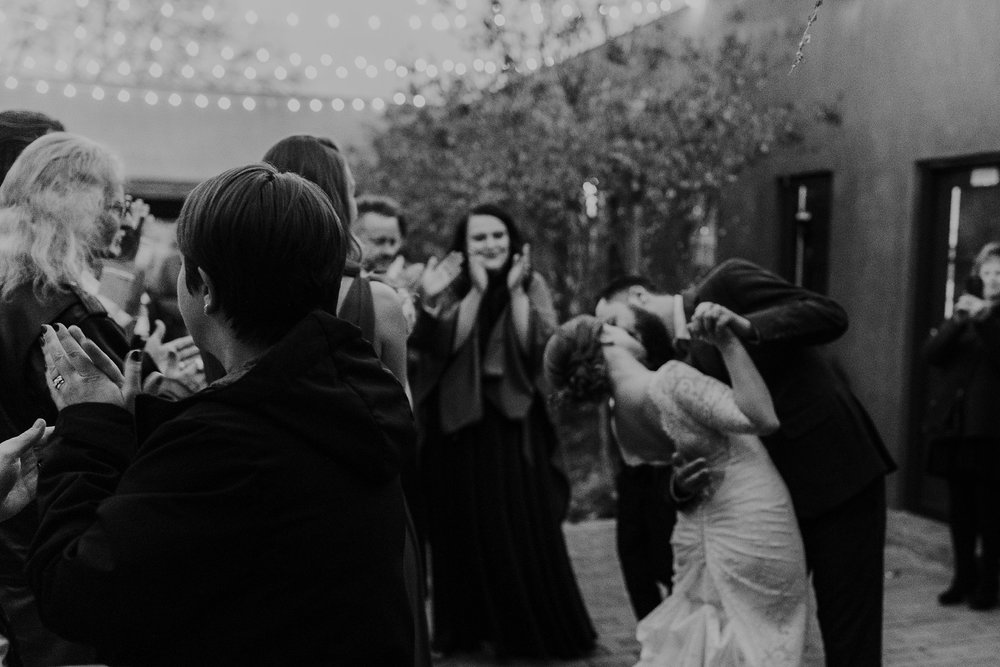 Alicia+lucia+photography+-+albuquerque+wedding+photographer+-+santa+fe+wedding+photography+-+new+mexico+wedding+photographer+-+albuquerque+wedding+-+sarabande+bed+breakfast+-+bed+and+breakfast+wedding_0111.jpg