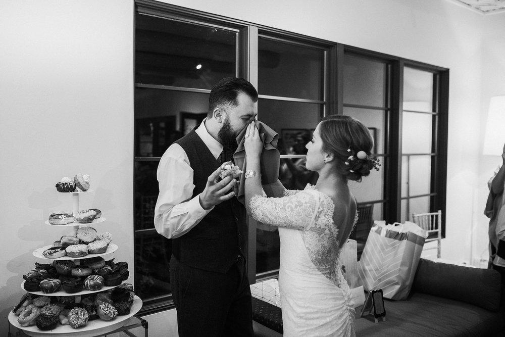 Alicia+lucia+photography+-+albuquerque+wedding+photographer+-+santa+fe+wedding+photography+-+new+mexico+wedding+photographer+-+albuquerque+wedding+-+sarabande+bed+breakfast+-+bed+and+breakfast+wedding_0114.jpg
