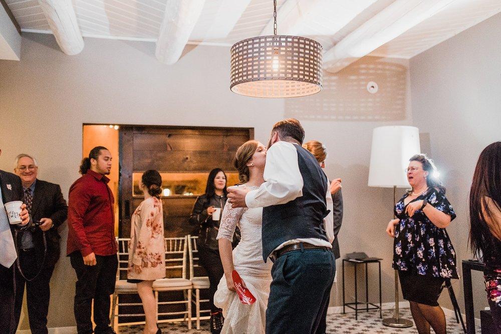 Alicia+lucia+photography+-+albuquerque+wedding+photographer+-+santa+fe+wedding+photography+-+new+mexico+wedding+photographer+-+albuquerque+wedding+-+sarabande+bed+breakfast+-+bed+and+breakfast+wedding_0119.jpg