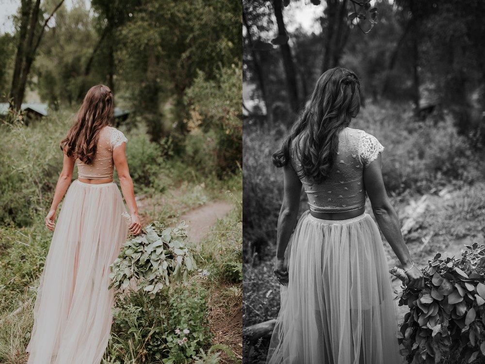 Alicia+lucia+photography+-+albuquerque+wedding+photographer+-+santa+fe+wedding+photography+-+new+mexico+wedding+photographer+-+albuquerque+wedding+-+santa+fe+wedding+-+wedding+gowns+-+non+traditional+wedding+gowns_0003.jpg