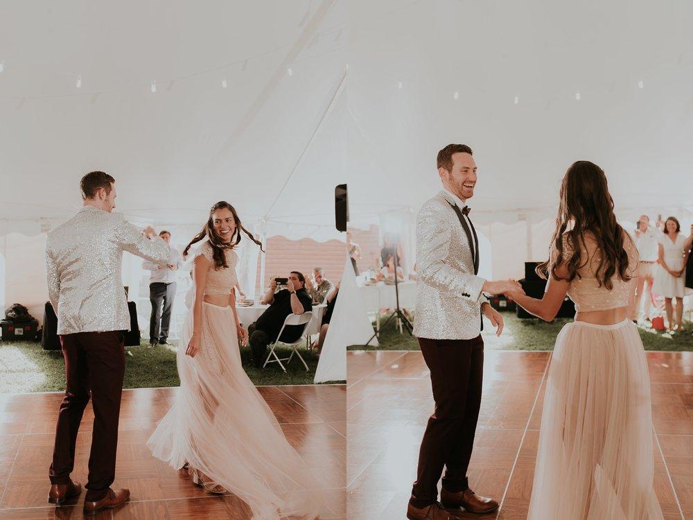Alicia+lucia+photography+-+albuquerque+wedding+photographer+-+santa+fe+wedding+photography+-+new+mexico+wedding+photographer+-+albuquerque+wedding+-+santa+fe+wedding+-+wedding+gowns+-+non+traditional+wedding+gowns_0009.jpg