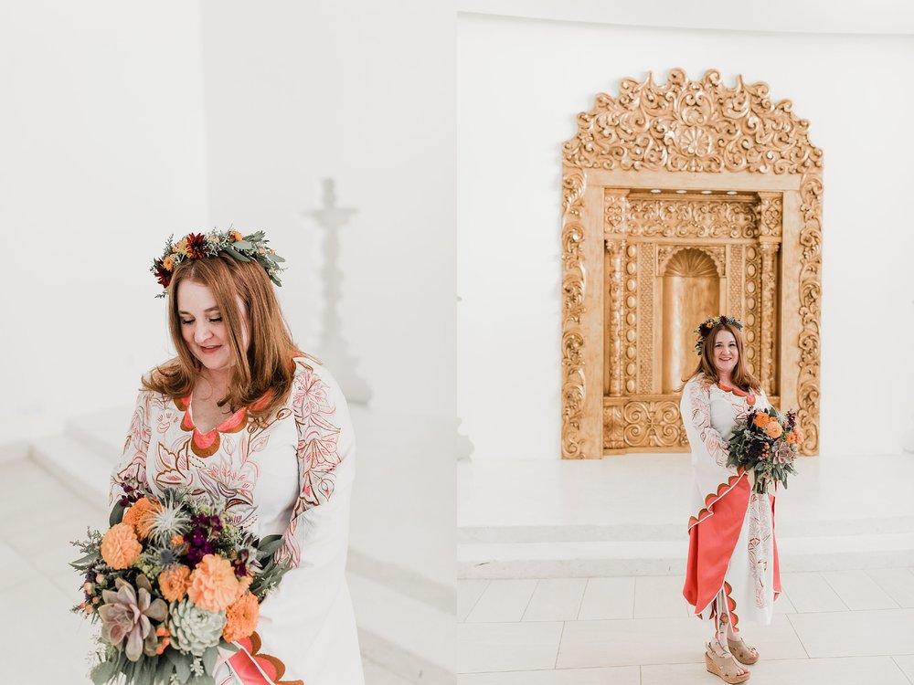 Alicia+lucia+photography+-+albuquerque+wedding+photographer+-+santa+fe+wedding+photography+-+new+mexico+wedding+photographer+-+albuquerque+wedding+-+santa+fe+wedding+-+wedding+gowns+-+non+traditional+wedding+gowns_0024.jpg