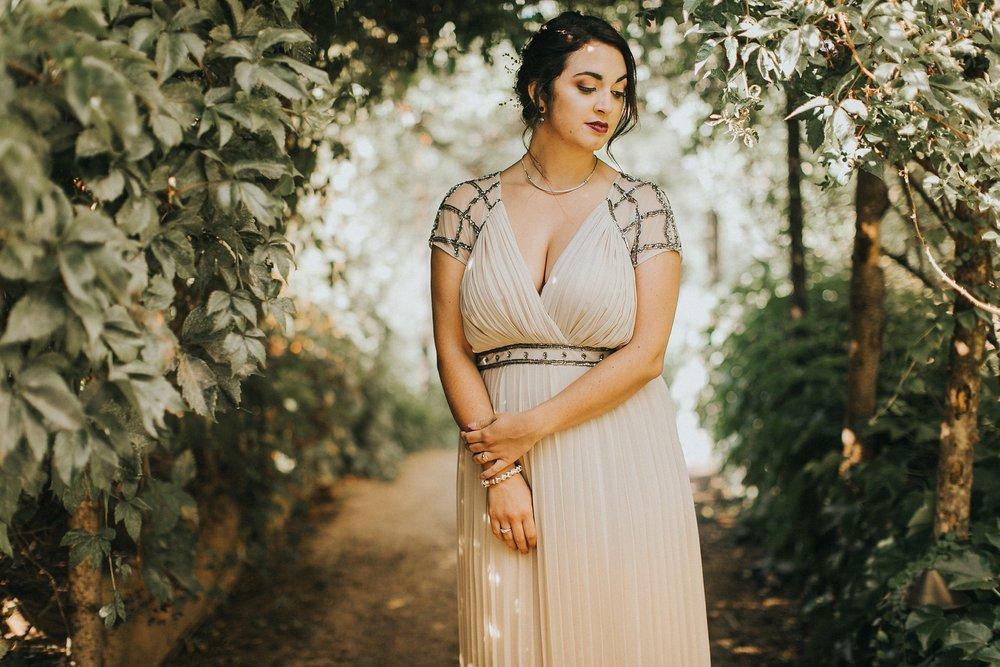 Alicia+lucia+photography+-+albuquerque+wedding+photographer+-+santa+fe+wedding+photography+-+new+mexico+wedding+photographer+-+albuquerque+wedding+-+santa+fe+wedding+-+wedding+gowns+-+non+traditional+wedding+gowns_0044.jpg