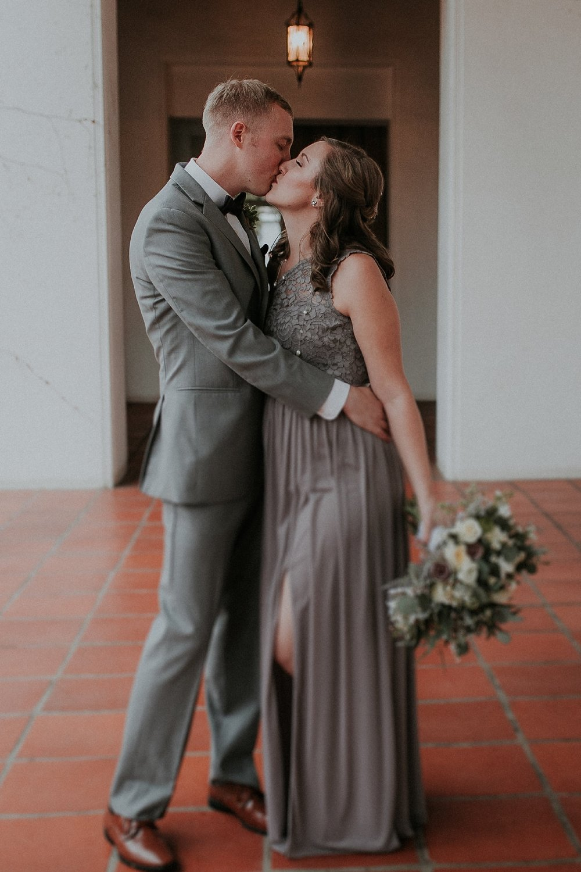 Alicia+lucia+photography+-+albuquerque+wedding+photographer+-+santa+fe+wedding+photography+-+new+mexico+wedding+photographer+-+albuquerque+wedding+-+santa+fe+wedding+-+wedding+gowns+-+non+traditional+wedding+gowns_0049.jpg