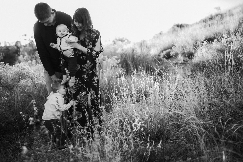 Alicia+lucia+photography+-+albuquerque+wedding+photographer+-+santa+fe+wedding+photography+-+new+mexico+wedding+photographer+-+family+photography+-+family+session+-+southwest+photographer+-+golden+hour+session_0005.jpg